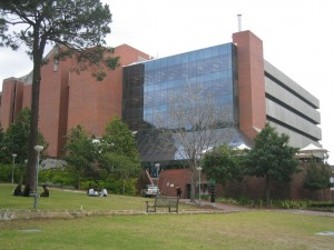 Curtin_T.L._Robertson_Library